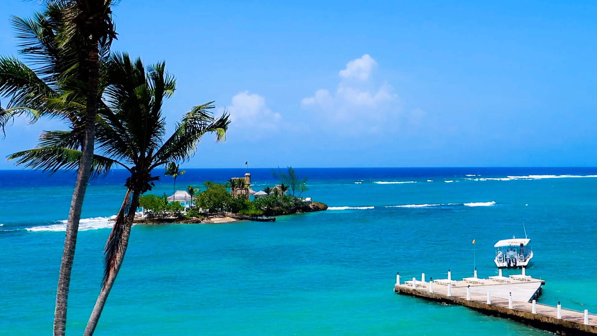 touring Couples Tower Isle in Ocho Rios, Jamaica.mp4 - YouTube